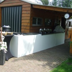 Bar in de tuin